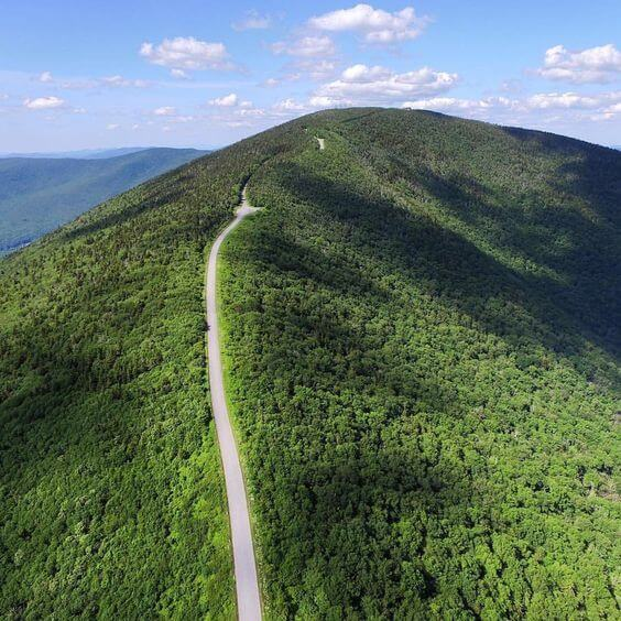 Mt Equinox Road